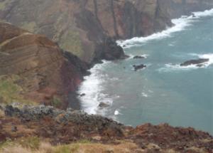 Meditation mit Meeresrauschen im Hintergrund